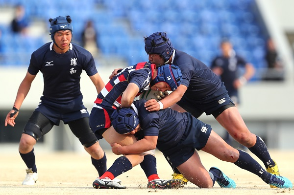 さらに前へ。浦和、全国高校選抜大会開幕戦で完敗も、「もっとツメる」。