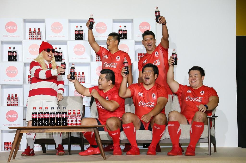 コカ・コーラが日本代表応援イベント開催 DJ KOOさん「TRY TO DANCE!」