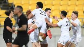 ラグビー王国NZの代表候補たちが燃えた! 伝統の南北対決は熱闘、劇的な結末