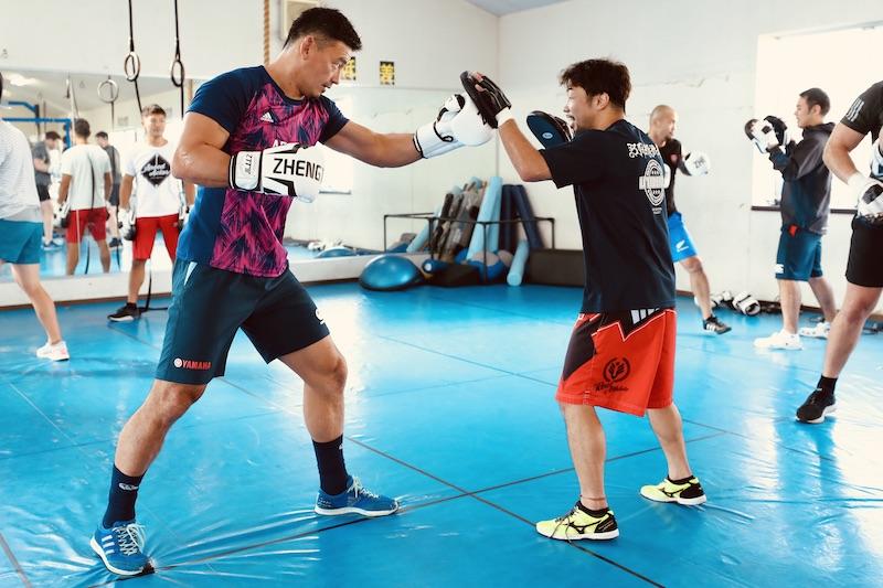 ボクシング元世界王者に教わった。ジュビロ×八重樫東の2日間