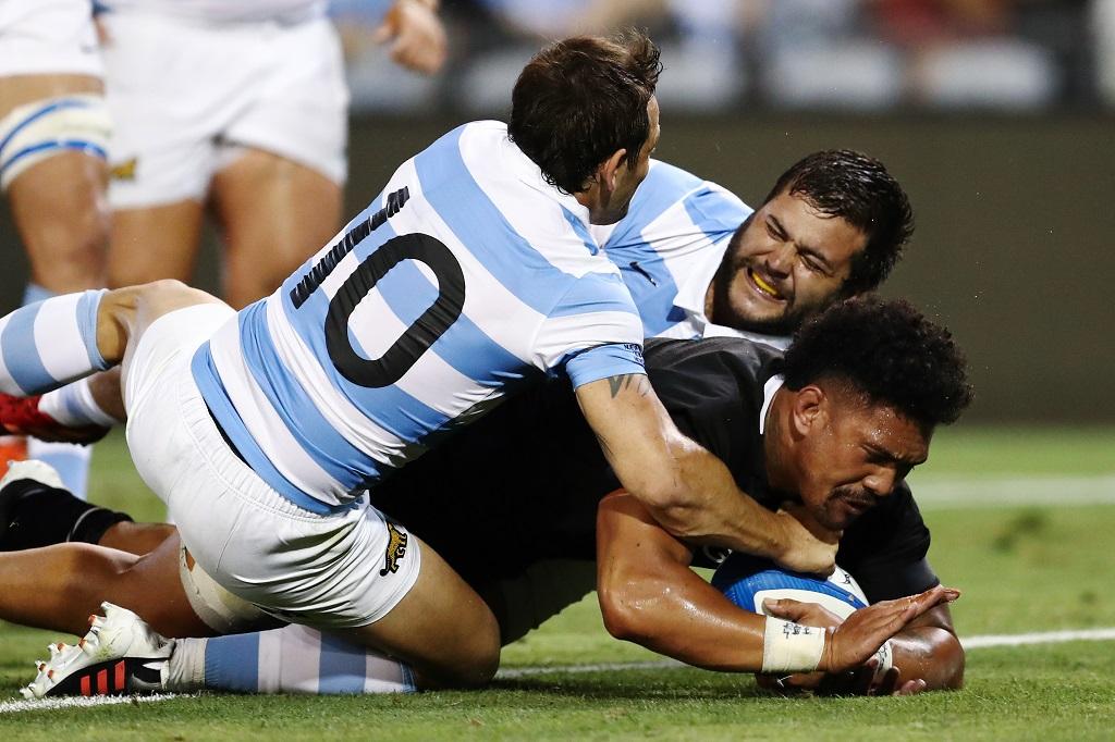 NZがアルゼンチンとの再戦で雪辱 ハカはマラドーナ氏への敬意も込めて