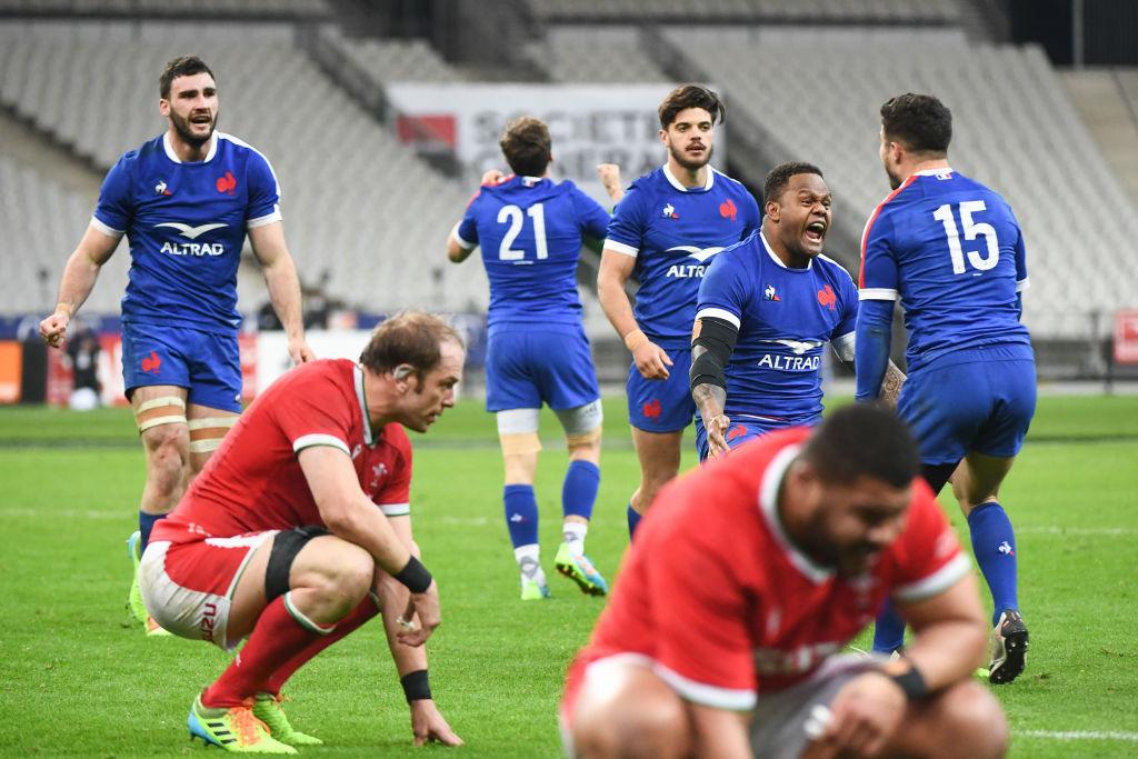 フランスが土壇場から劇的な逆転勝ち! 壮絶な戦いで首位ウェールズ倒し逆転優勝へ望みつなぐ