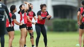 中村知春がコーチ兼任、スポットに桑水流裕策の姿も。女子SDS熊谷合宿