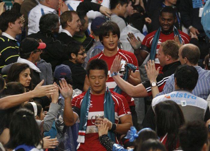 香港でボウル準優勝し、健闘を称賛された7人制日本代表。(撮影:長尾亜紀)