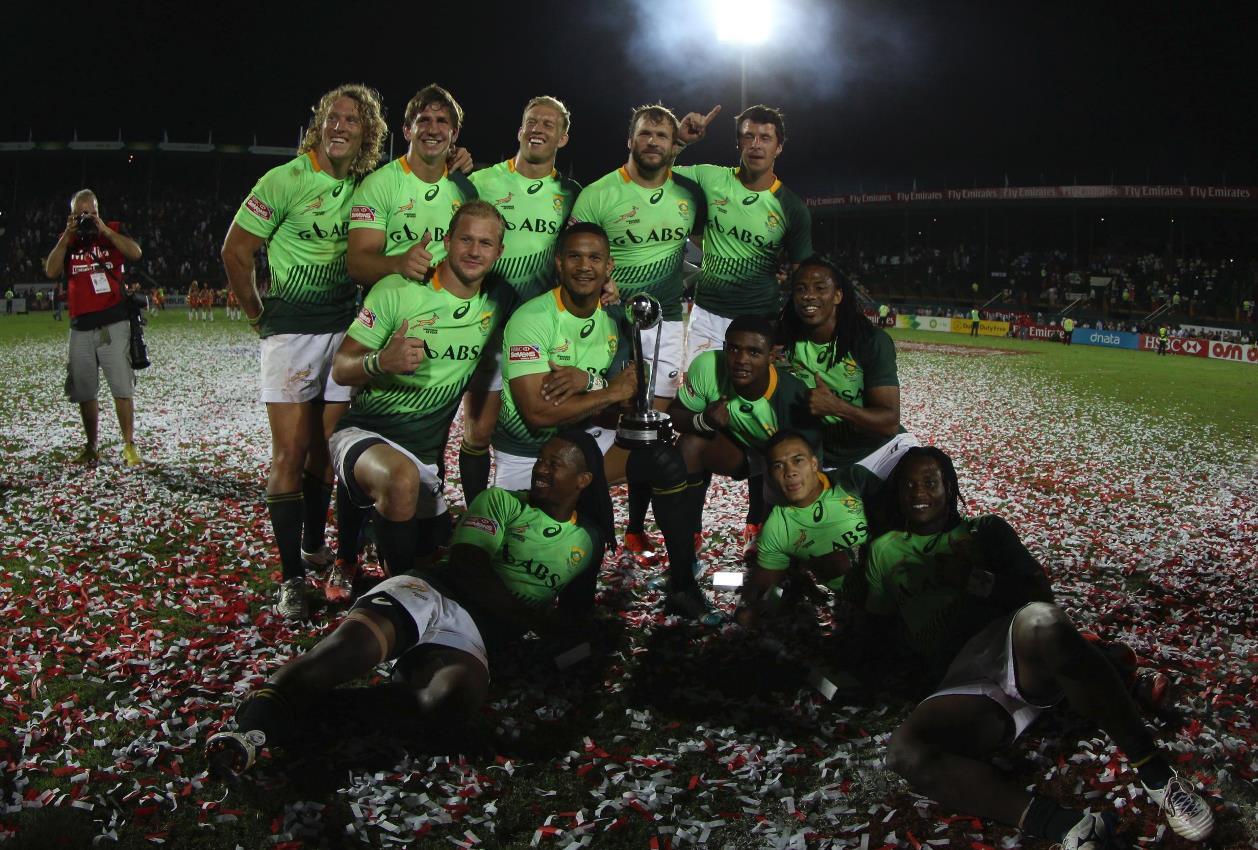 6年ぶりにドバイセブンズで優勝した南アフリカ(Photo: Martin Seras Lima)
