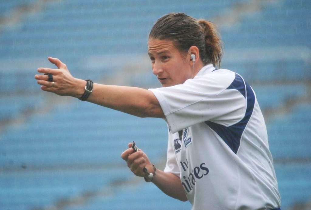 セブンズフェスティバルでカップ決勝など4試合を吹いた女性レフリー、USA協会ダナ・ティーガーデンさん