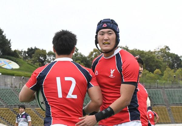 京産大に元日本代表の伊藤鐘史コーチ。クラブのDNAは弟・伊藤鐘平にも。