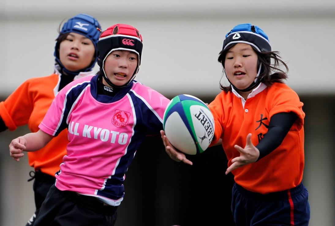関西セブンズフェスティバルの女子中学生エキシビションマッチより(撮影:新屋敷こずえ)
