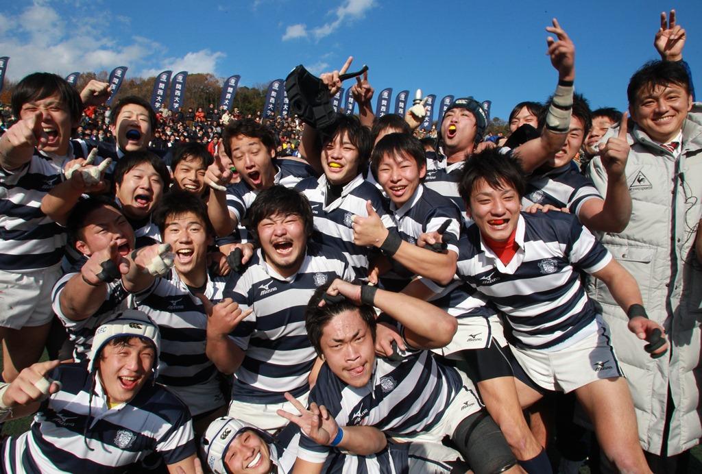 摂南大との入替戦を制した古豪・関西大。来季は32年ぶりに関西大学Aリーグに参戦する(撮影:BBM)