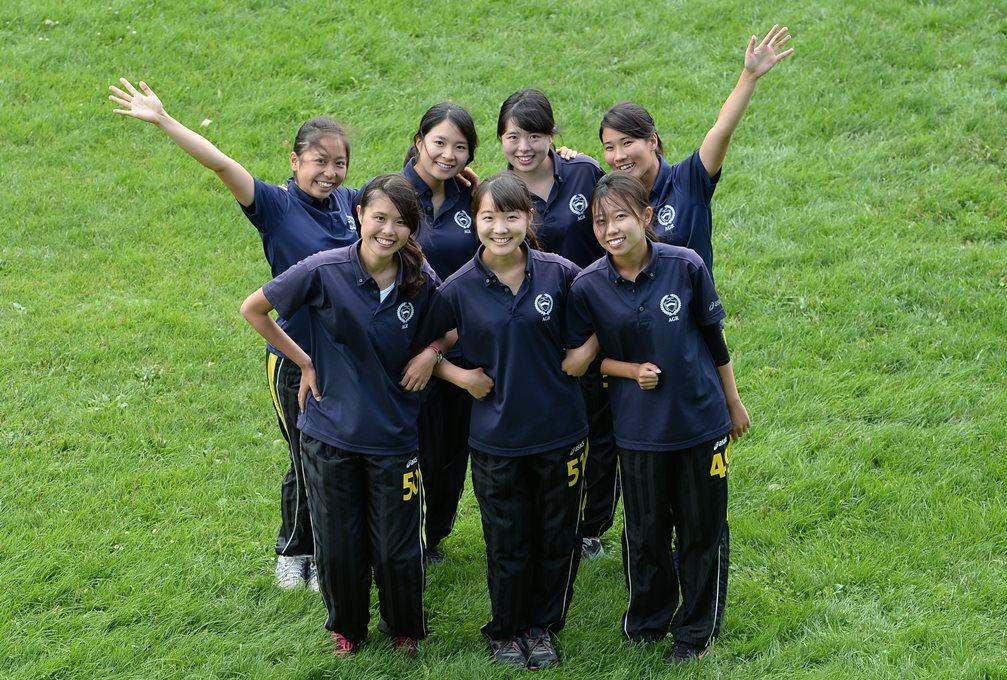 青山学院大学ラグビー部の女子トレーナーとマネージャー(撮影:Hiroaki. UENO)