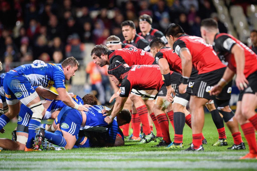 クルセイダーズ(赤)無傷の8連勝。アフリカ1首位のストーマーズを圧倒(C)Getty Images