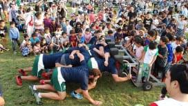 三菱重工相模原ダイナボアーズフェスタ 2500人が選手たちと触れ合う。