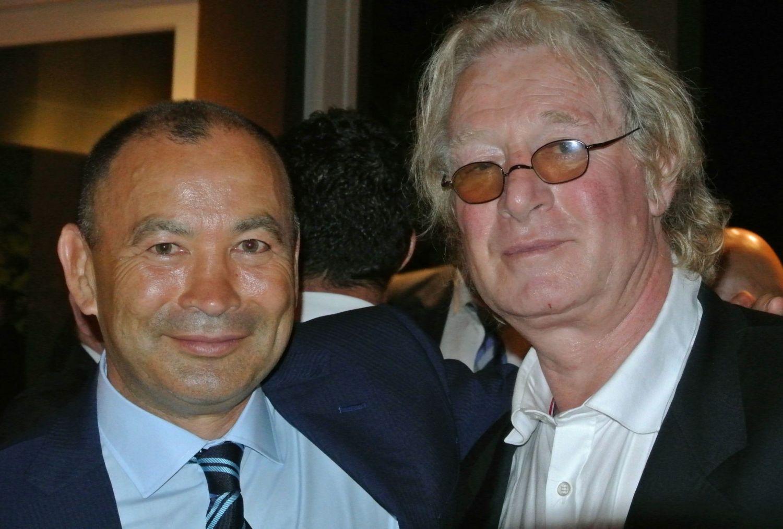 『ラグビー愛』の伝道者たち。エディー・ジョーンズHC(左)とジャンピエール・リーヴ氏(撮影:BBM)