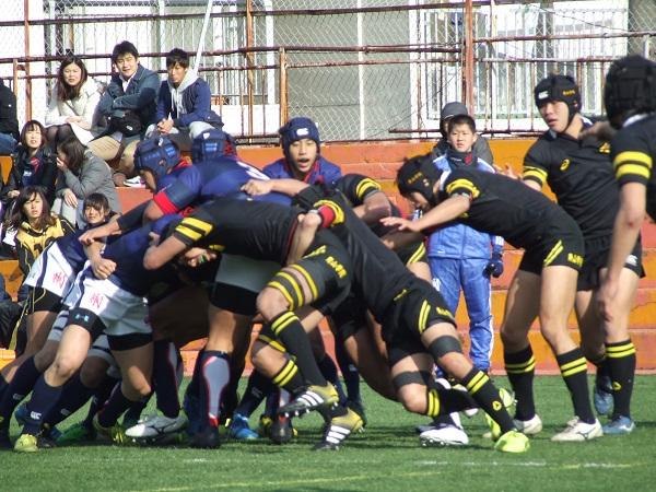 東京朝鮮高 FW・BK一体の攻撃披露。都新人戦圧勝でスタート
