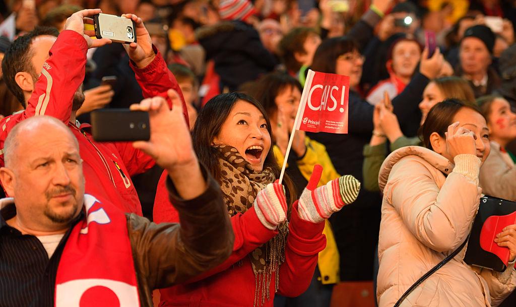 カーディフでラグビーのウェールズ代表×日本代表戦を楽しんだファン(C)Getty Images