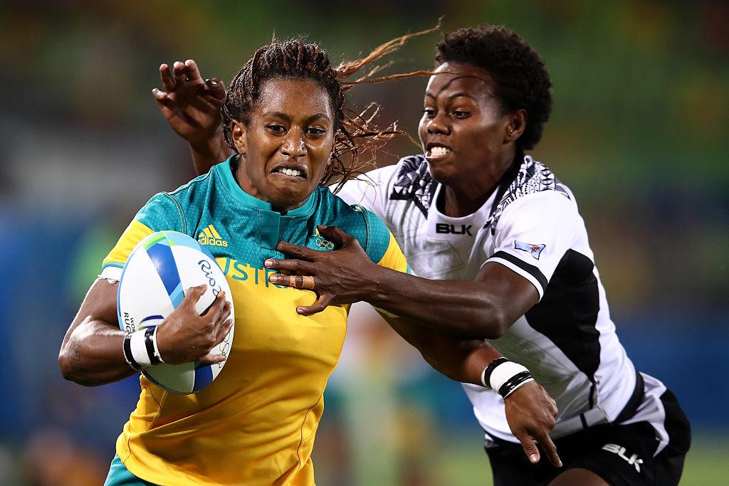 フィジーの選手と激しく競り合うオーストラリアのエリア・グリーン(C)Getty Images