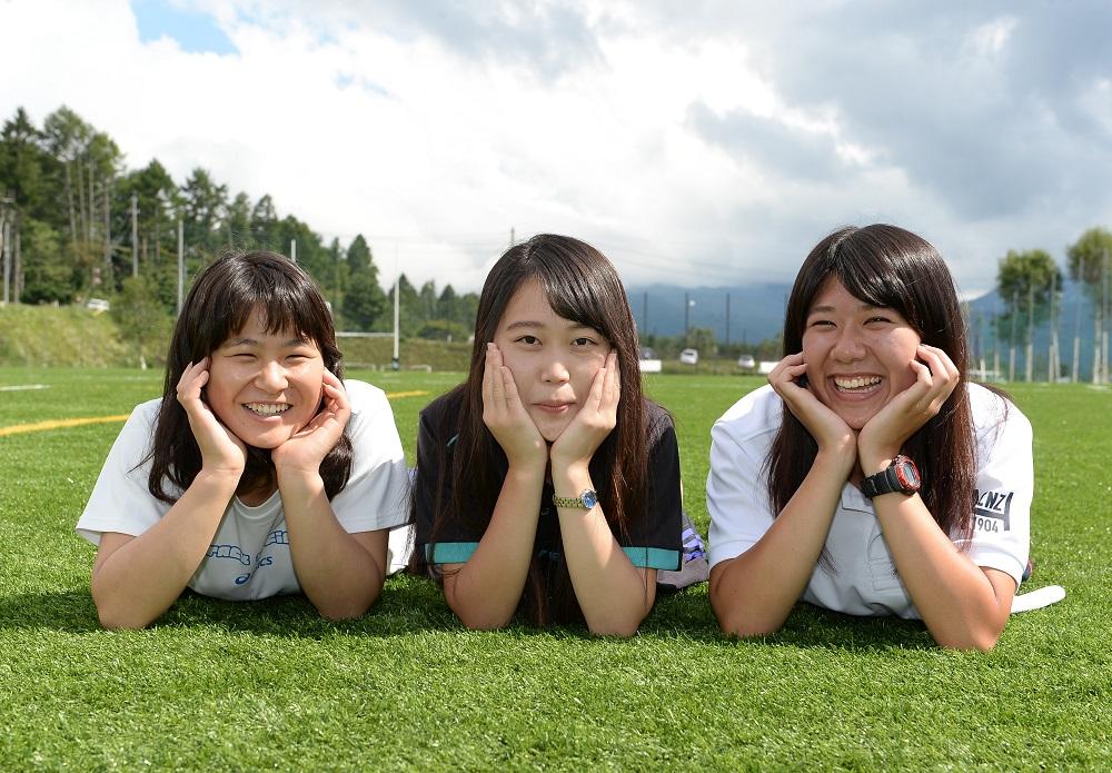 京都産業大のマネージャー。左から池内結香、道上優里奈、西田早希(撮影:Hiroaki.UENO)