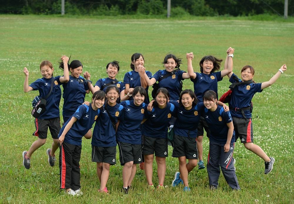 元気いっぱいな成蹊大ラグビー部のマネージャー、トレーナーたち(撮影:Hiroaki.UENO)