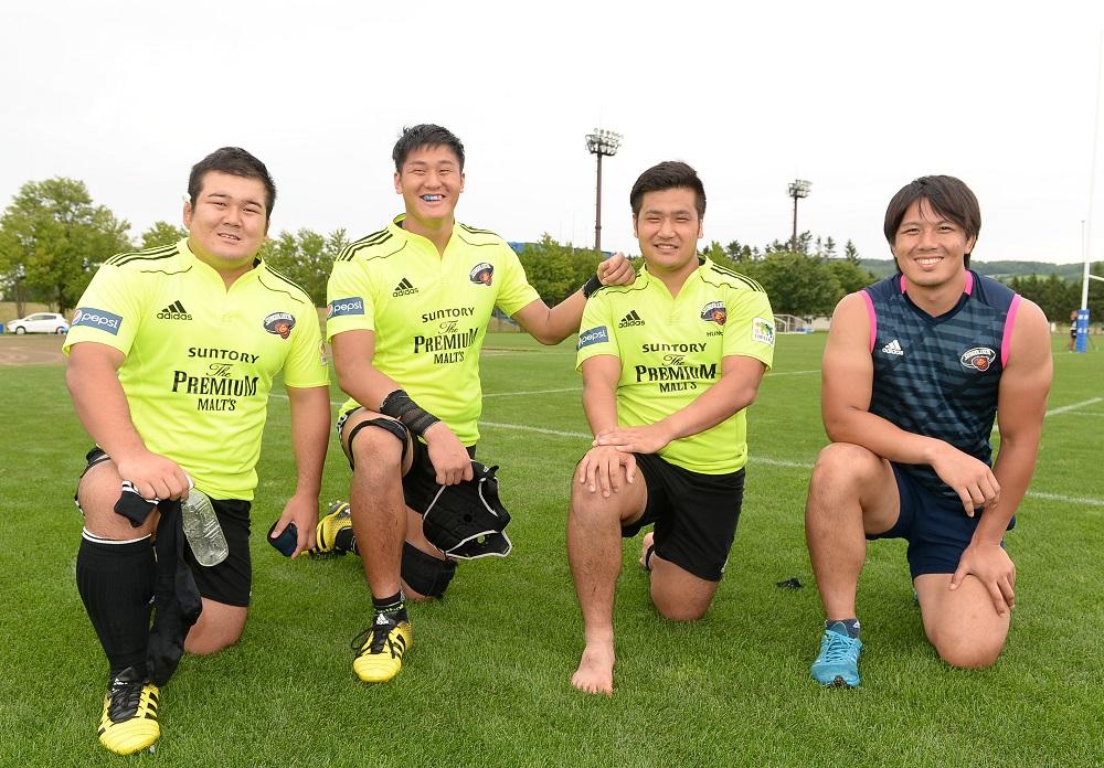 サントリー期待の新人。左から須藤元樹、小林航、中村駿太、森山雄(撮影:Hiroaki.UENO)