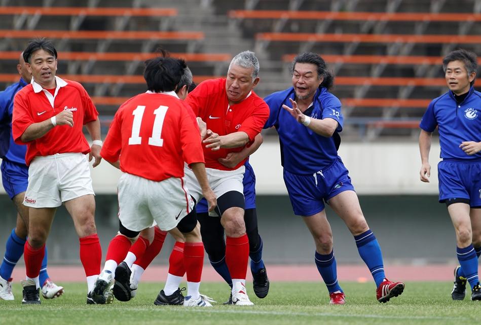 兵庫県フェニックスフェスティバルで大八木淳史ら往年の名選手がプレー(撮影:新屋敷こずえ)