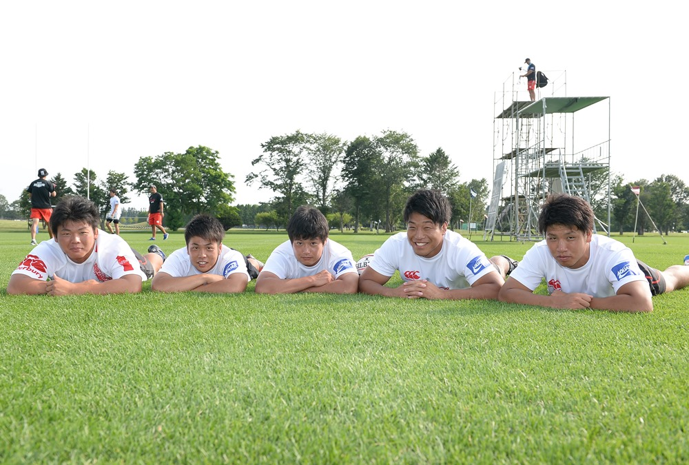 コカ・コーラの新人選手。左から町野、松島、山本、鈴木、山崎(撮影:Hiroaki. UENO)