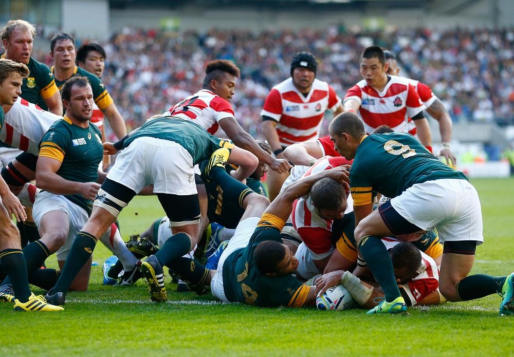 W杯の南アフリカ戦でモールからトライを挙げた日本代表のリーチ主将(C)Getty Images