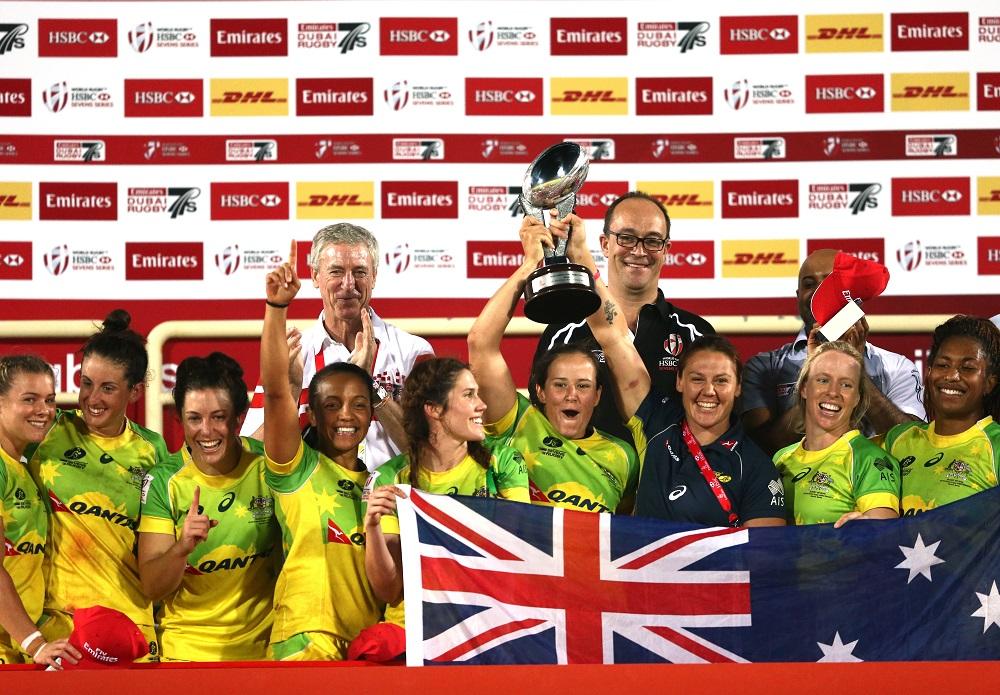 今季ワールドシリーズの第1戦、ドバイ大会で優勝した女子セブンズ豪州代表(C)Getty Images