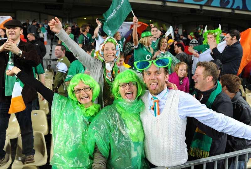 C組で豪州から歴史的勝利を奪い喜ぶアイルランドのサポーター(撮影:Akihiro Hayanami)