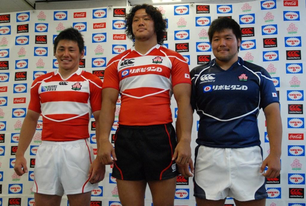 2011年ワールドカップのNZ戦、カナダ戦では吉田朋生(左)が着ているジャージで挑む