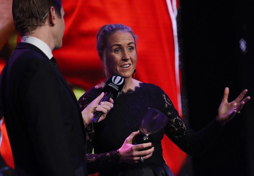 年間最優秀レフリーのジョイ・ネヴィル氏(C)World Rugby via Getty Images