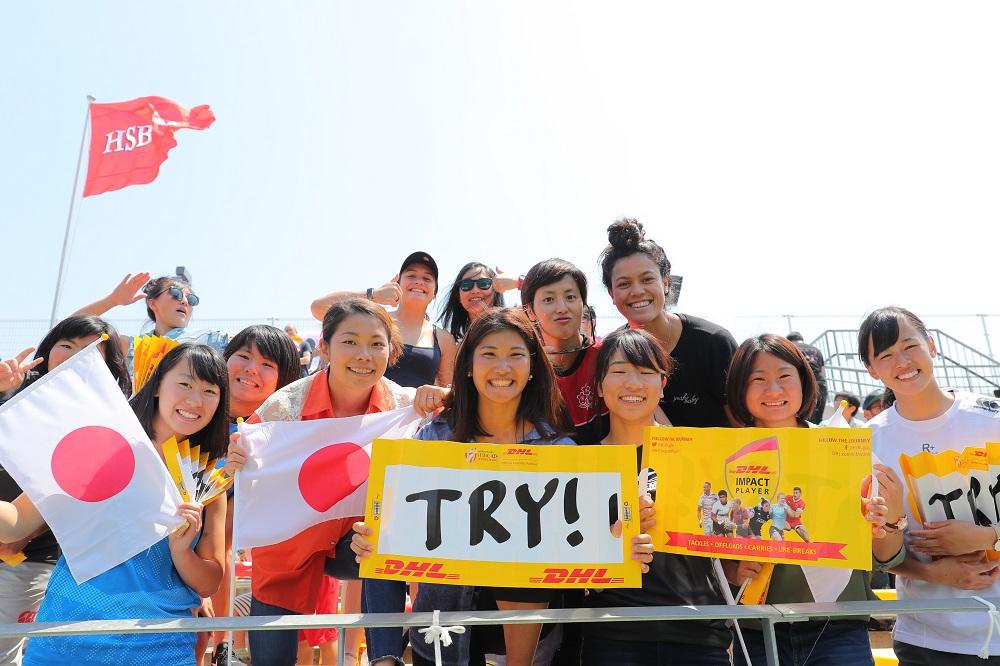 ワールド女子セブンズシリーズ北九州大会で日本を応援する、ながとブルーエンジェルス(撮影:松本かおり)