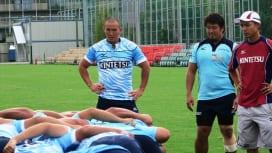 選手とコーチ。ミキオ、兼任の16年目シーズン 近鉄ライナーズFL佐藤幹夫