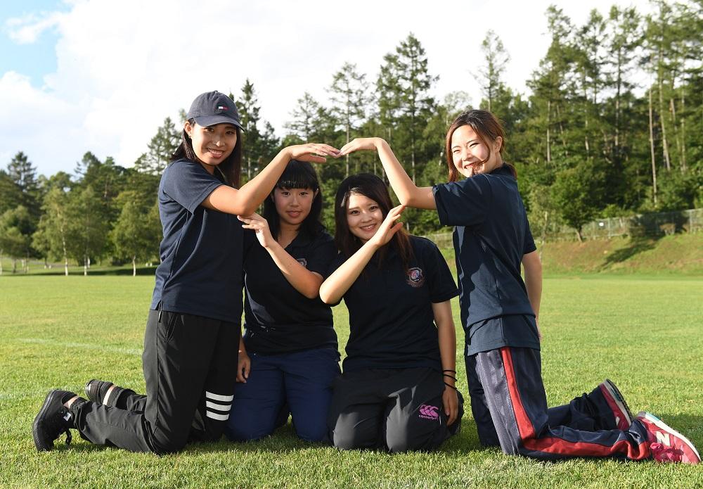 追手門学院大マネージャー。左から北川さん、高橋さん、森藤さん、岡田さん(C)Hiroaki.UENO