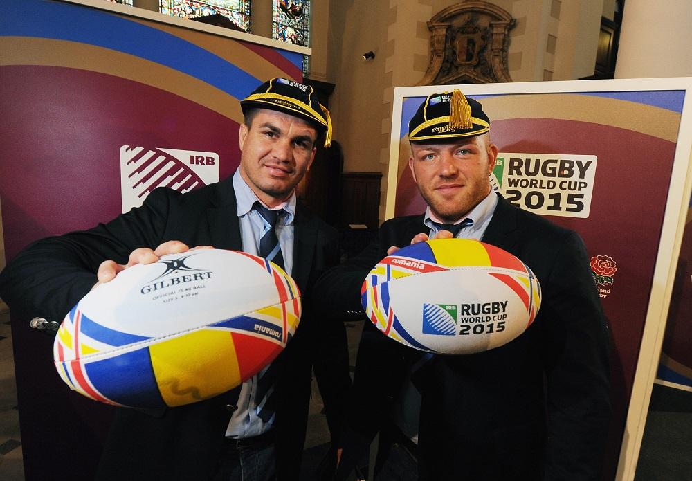8大会連続出場のルーマニア代表。FLカルポ(左)とPRラザルも闘志満々(C)Getty Images