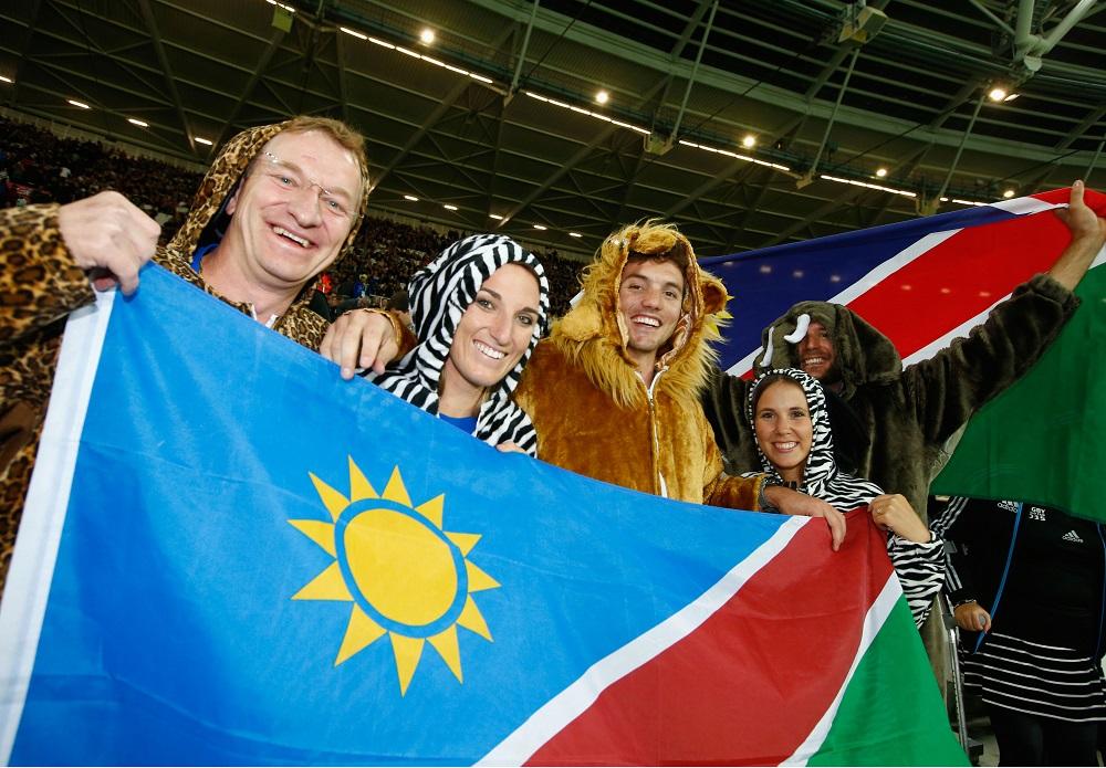 アフリカの動物たちも応援してる? アニマル衣装で観戦したナミビアファン(C)Getty Images