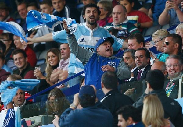 マラドーナも興奮! アルゼンチンがトンガとの熱闘制し準々決勝進出に王手