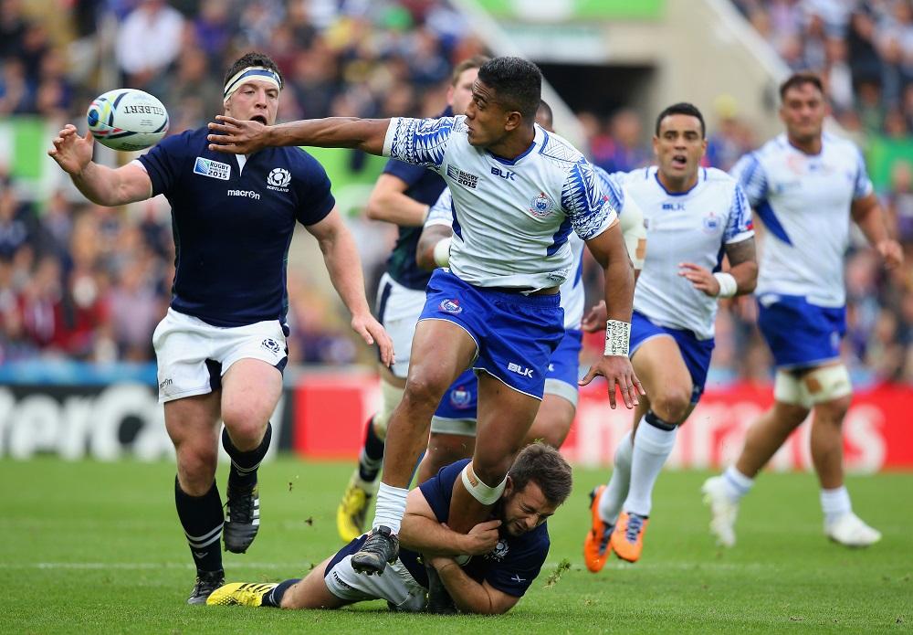 オフロードでつなぐサモアのリーロー。スコットランドを苦しめたが惜敗(C)Getty Images