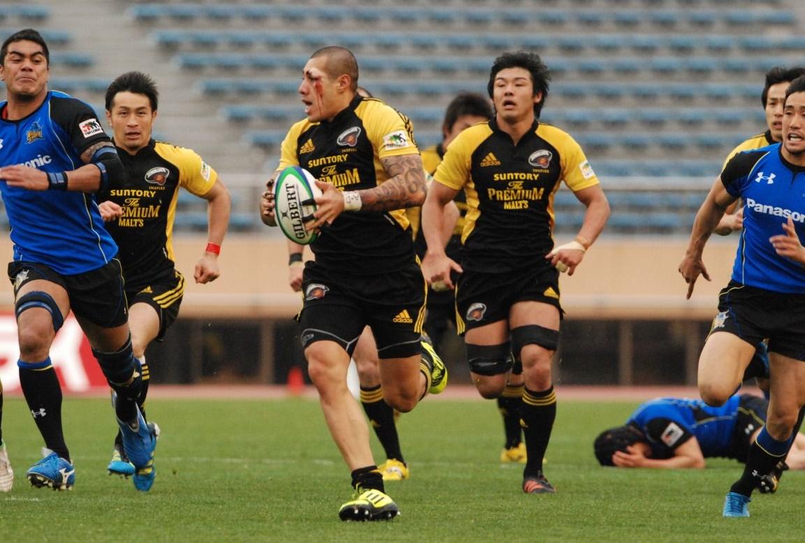 日本選手権決勝で左目回りを負傷しながらも活躍した、サントリーのSOトゥシ・ピシ(撮影:松本かおり)