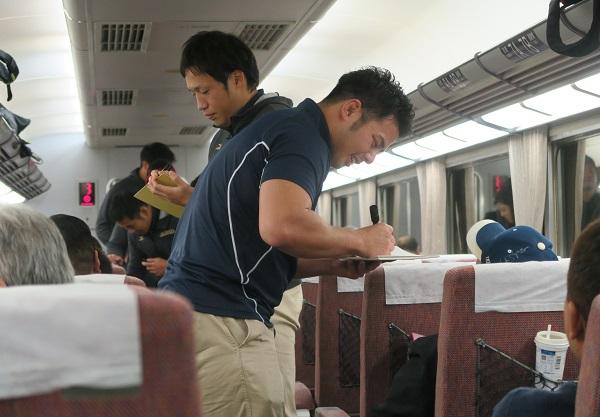 近鉄ライナーズ応援列車走る 大阪上本町〜名古屋